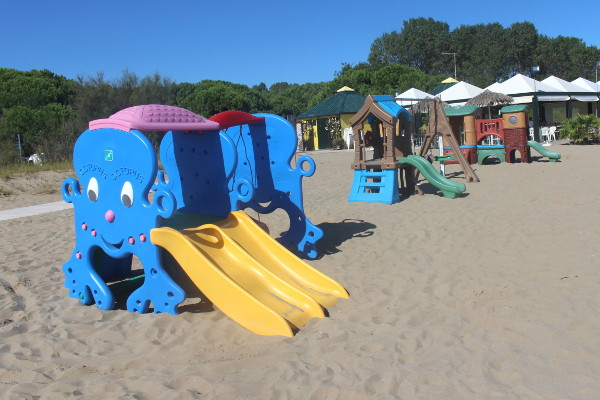 Beach Equipment - Marelaguna Rooms